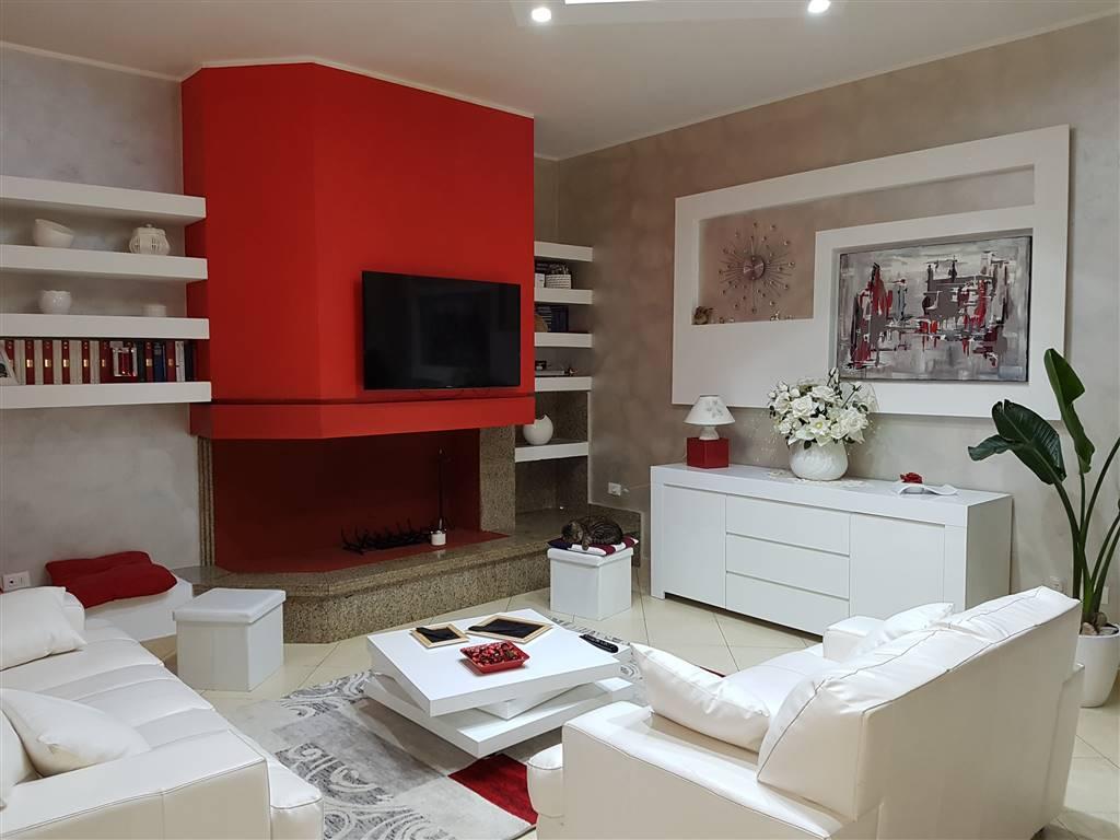 Appartamento in vendita a Mesagne, 6 locali, zona Località: PARCO, prezzo € 160.000   PortaleAgenzieImmobiliari.it