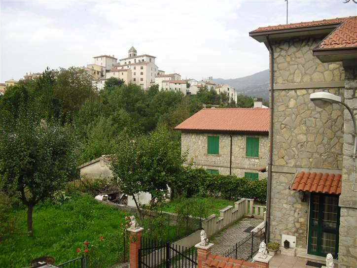 Appartamento indipendente in Via Torino Di Sangro, Castel Del Giudice
