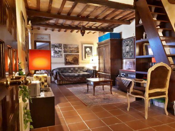 Appartamento indipendente in Via Mentana  13, Fiano Romano