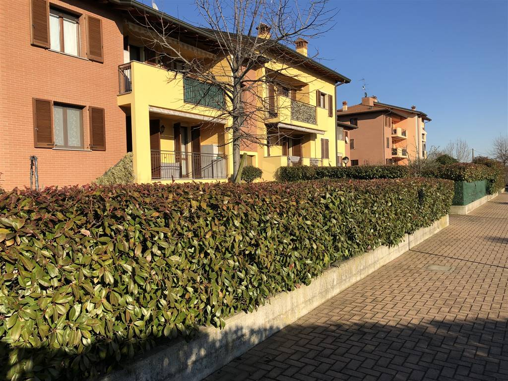 Trilocale in Via Manenti  45, Vidigulfo