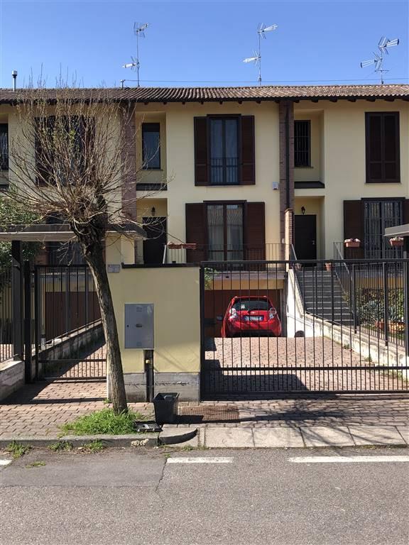 Villa a schiera in Via Enzo Biagi, Torrevecchia Pia