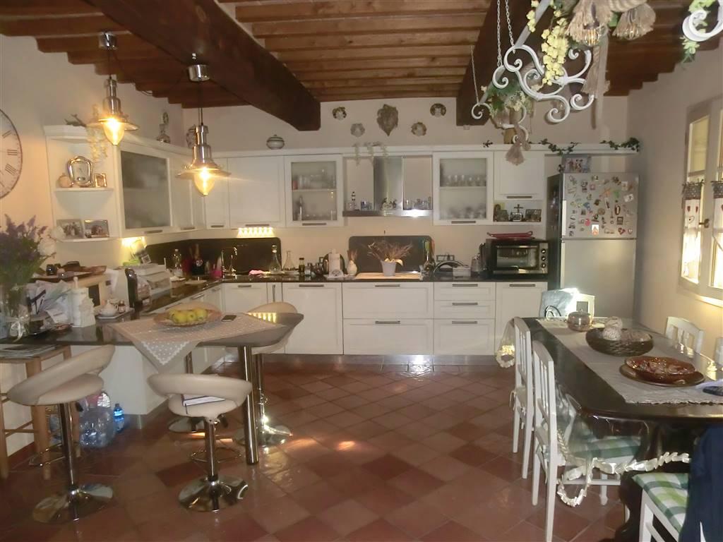 Villa, Terricciola, in ottime condizioni