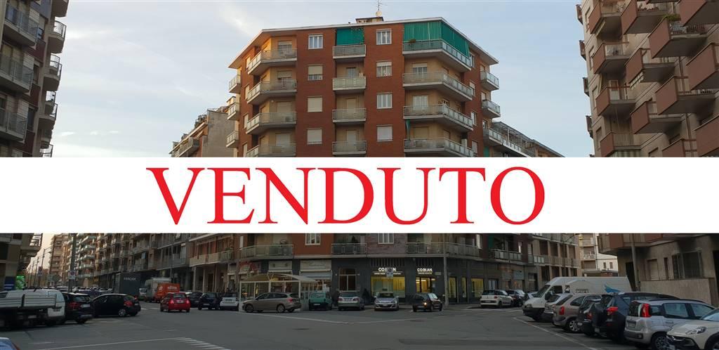 Quadrilocale in Via Barletta 122, Santa Rita, Torino
