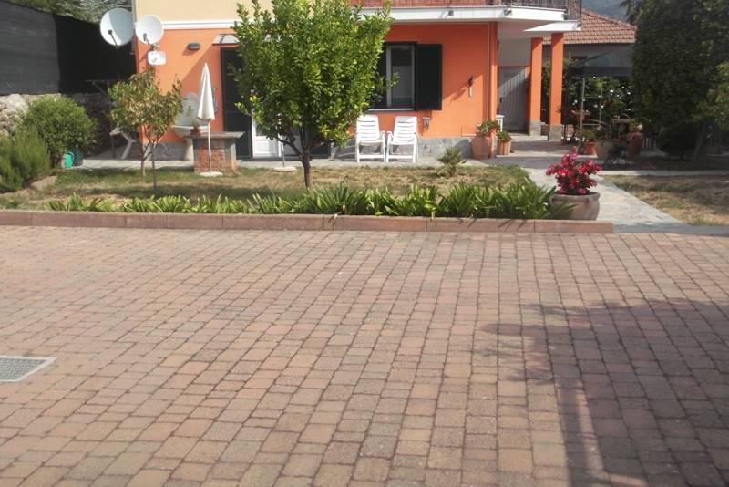 Soluzione Indipendente in vendita a Camporosso, 4 locali, prezzo € 360.000 | PortaleAgenzieImmobiliari.it