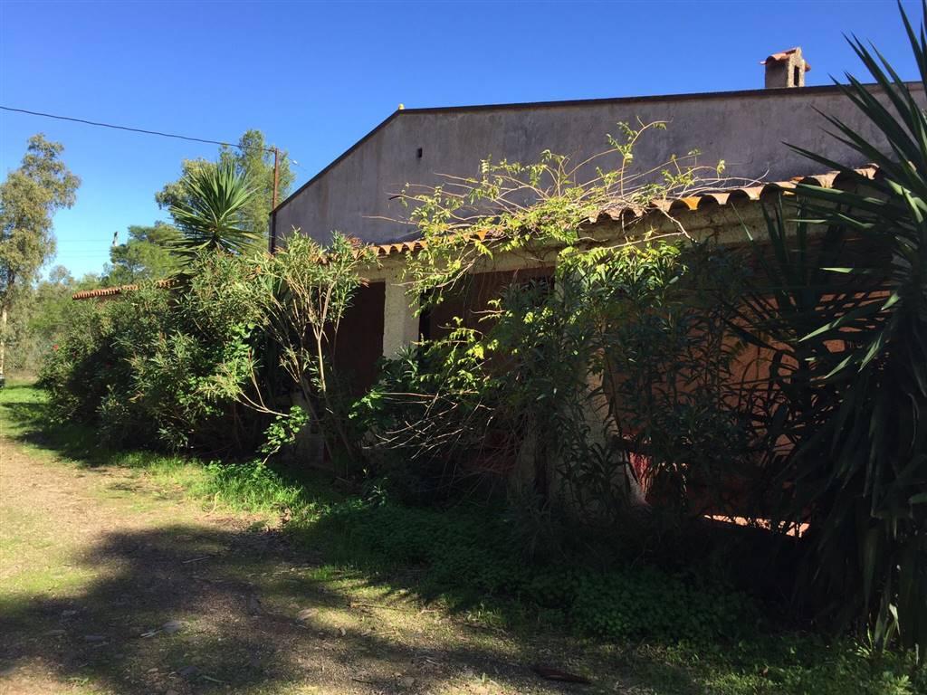 Azienda Agricola in vendita a Decimomannu, 1 locali, prezzo € 850.000 | CambioCasa.it