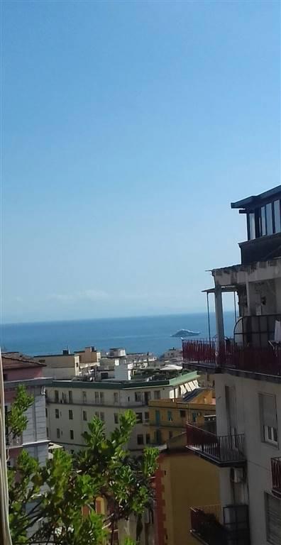 Trilocale in Via Camillo Sorgente  18, Sorgente - Sighelgaita, Salerno