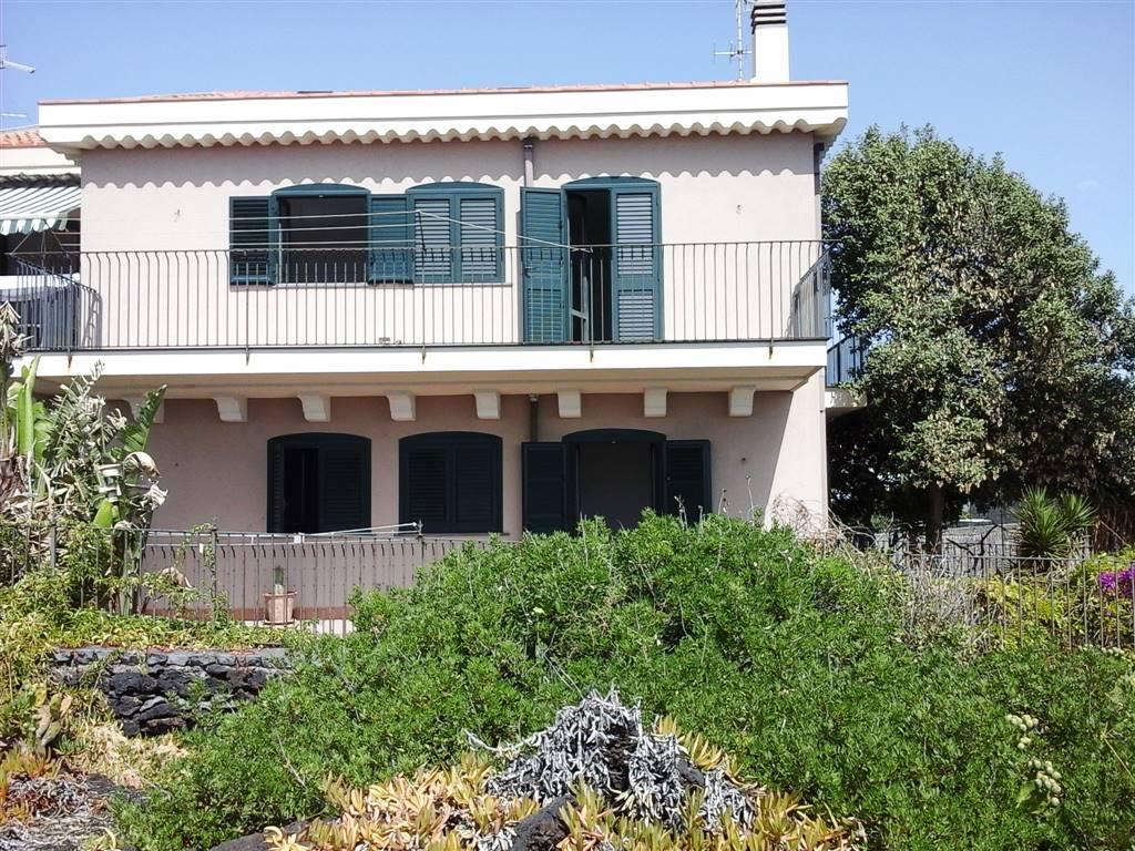 Villa in Via Ribera Stazzo, Acireale