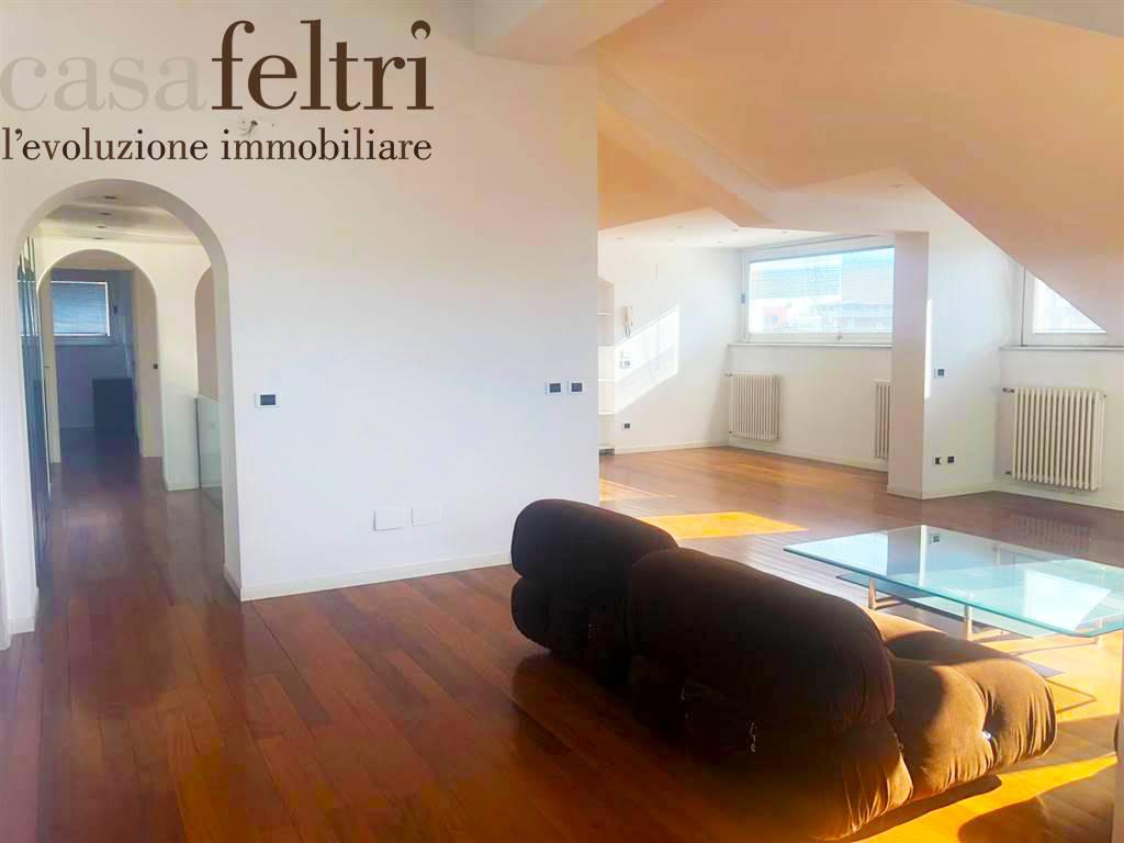 Attico in Via Alberico Da Rosciate 18, Centrale, Bergamo