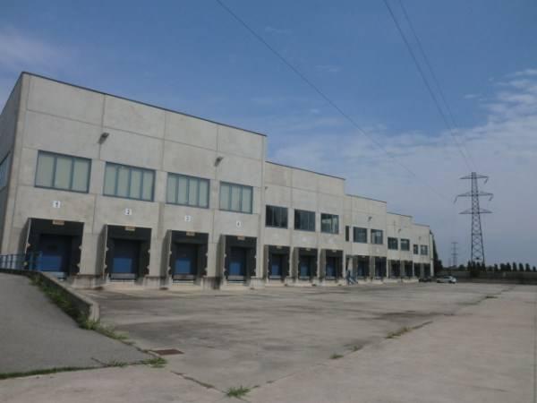 Magazzino in vendita a Tribiano, 9999 locali, prezzo € 7.000.000 | PortaleAgenzieImmobiliari.it
