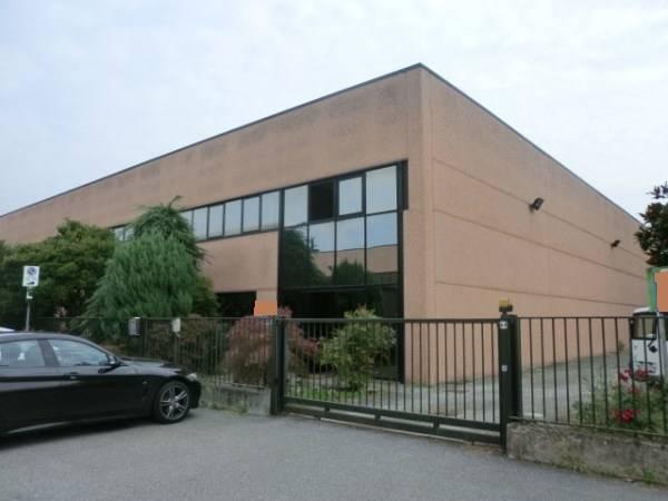 Capannone in vendita a Locate di Triulzi, 9999 locali, prezzo € 1.430.000 | PortaleAgenzieImmobiliari.it