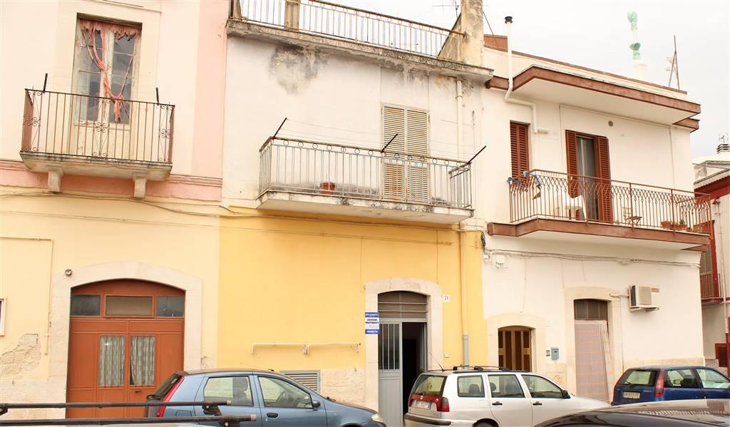 Casa singola in Via Estramurale, Binetto