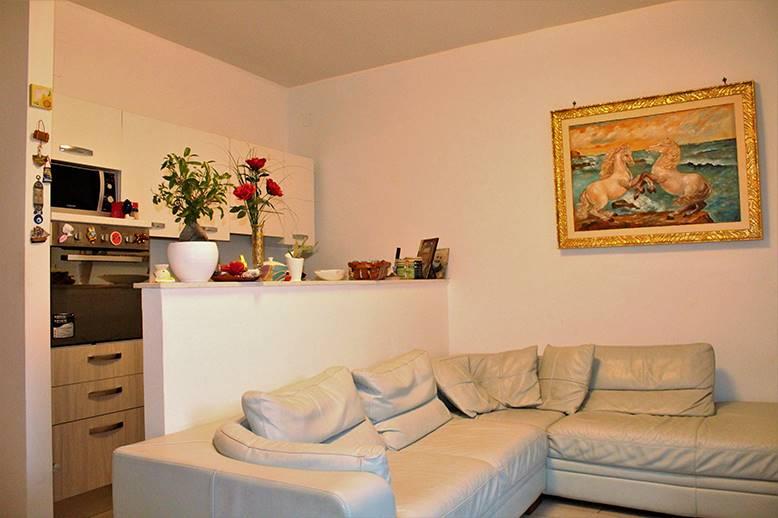 Casa semi indipendente in Via Forges, Palo Del Colle