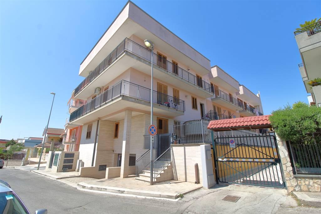 Appartamento indipendente in Via Don Luigi Sturzo, Palo Del Colle