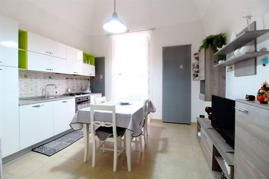Casa semi indipendente in Via Ameruosi 16, Palo Del Colle