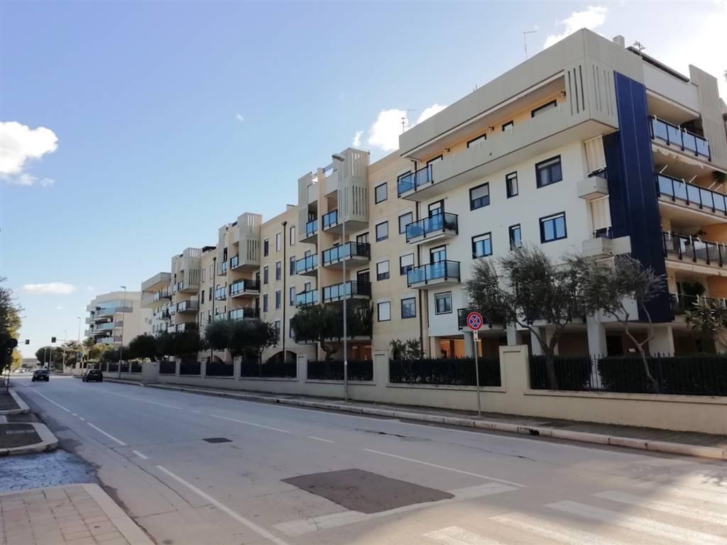 Bilocale in Via Nazionale, Palese, Bari