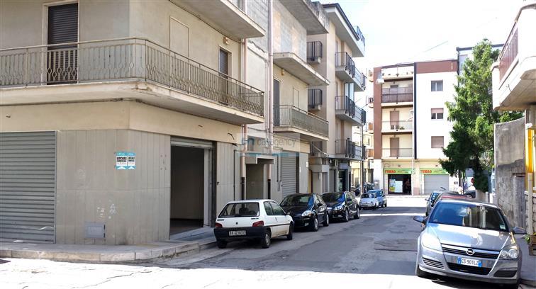 Cerco casa in affitto bari affitti bari for Subito it appartamenti arredati bari