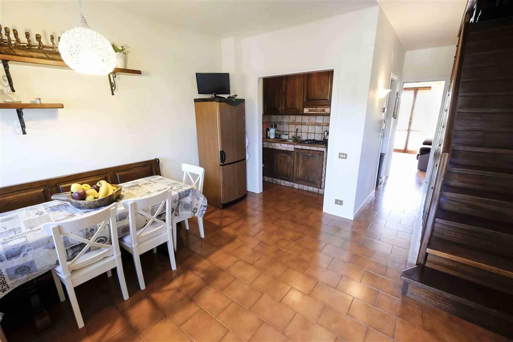 Villa a schiera, Calambrone, Pisa, in ottime condizioni