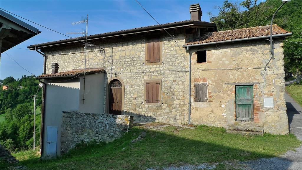 Rustico casale in Via Veggio 37, Puzzola, Grizzana Morandi