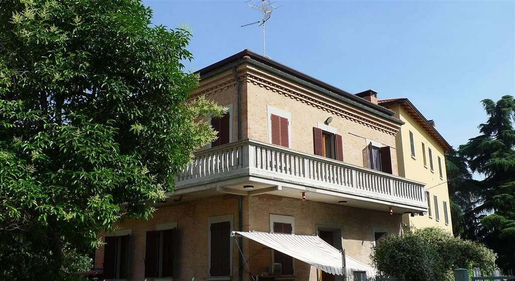 Villa in Via San Donato 51, San Donato, Bologna