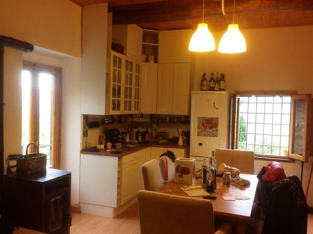 cucina con soggiono - Rif. 3/381