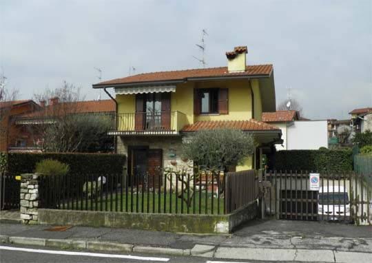 Quadrilocale in Via Giuseppe Garbaldi 47, Sorisole