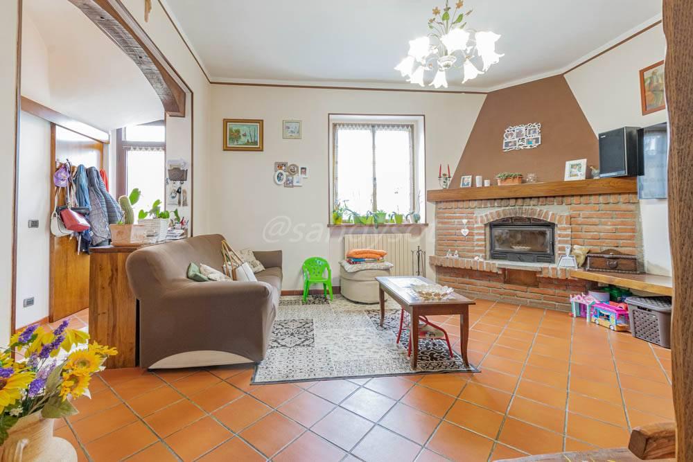 Casa indipendente in vendita a Casalpusterlengo