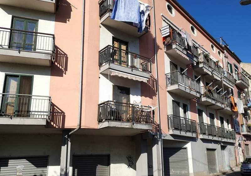 Trilocale, Irno, Salerno, ristrutturato