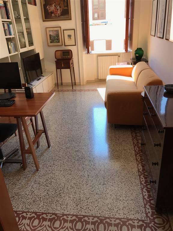 Trilocale in Via Carlo Allemagna 2, Centro, Salerno