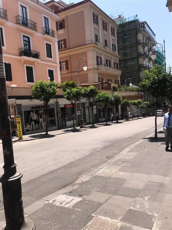 Attività commerciale in Via Dei Principati, Centro, Salerno