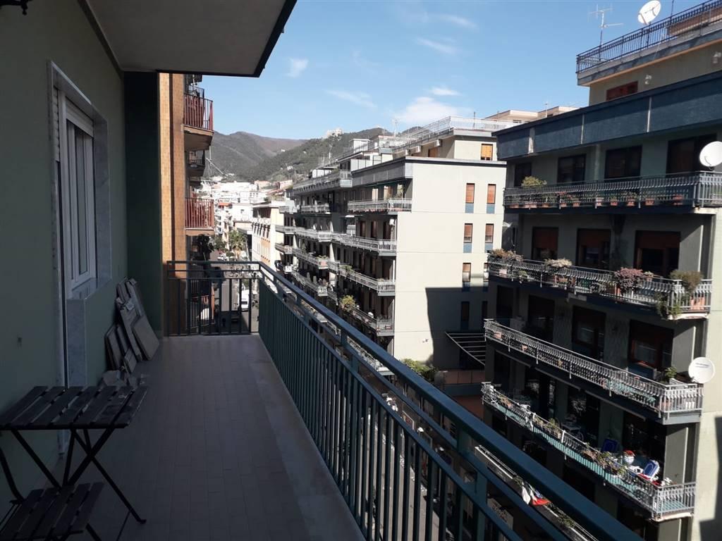 Appartamento in Corso Vittorio Emanuele, Centro, Salerno