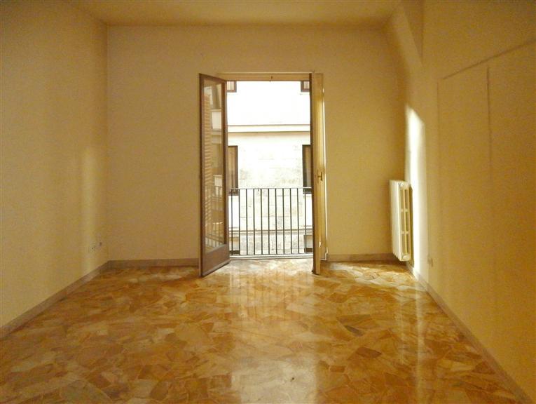 Affitto Ufficio, Centro Duomo, Firenze, in ottime ...