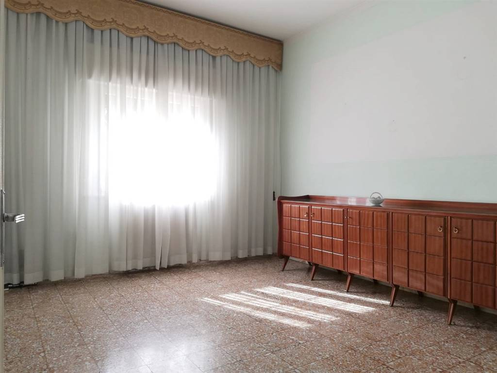 Villino, Pistoia Nord, Pistoia, da ristrutturare