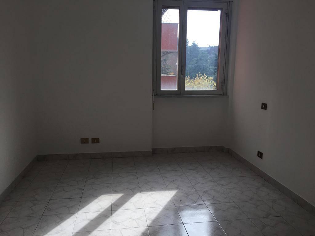 Appartamento in affitto a Prato, 4 locali, zona Zona: Mezzana, prezzo € 900 | CambioCasa.it
