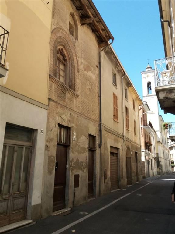 Soluzione Semindipendente in vendita a Castelnuovo Scrivia, 8 locali, prezzo € 80.000   PortaleAgenzieImmobiliari.it