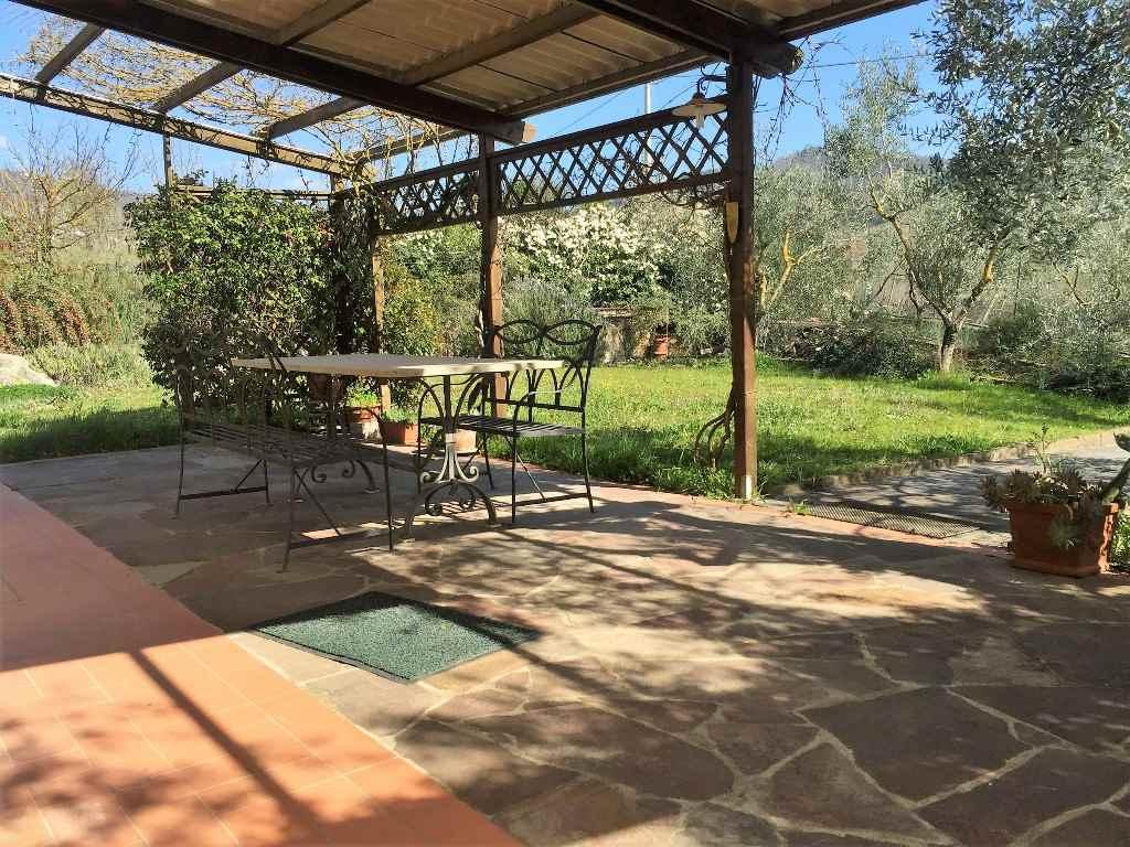Villa, Uzzano, Greve In Chianti, in ottime condizioni