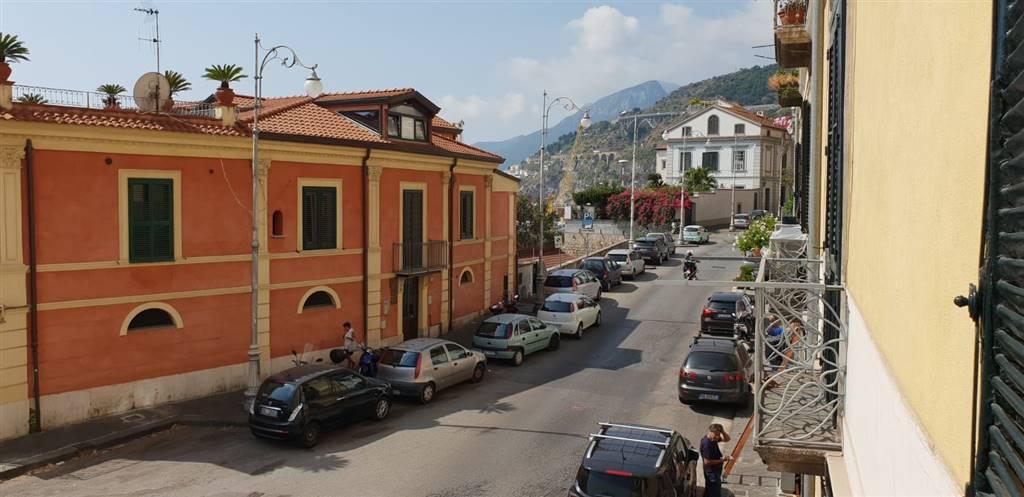 Trilocale, Porto, Salerno