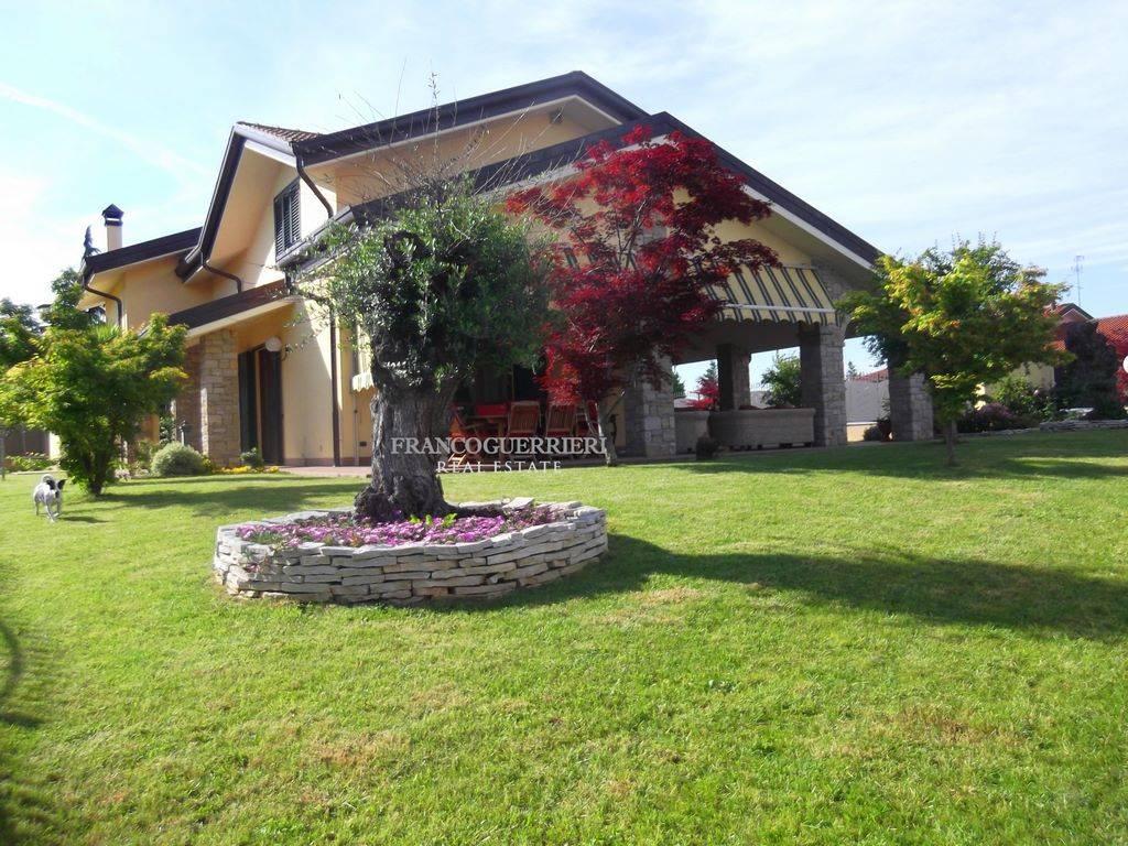 Villa, Vimercate, seminuova