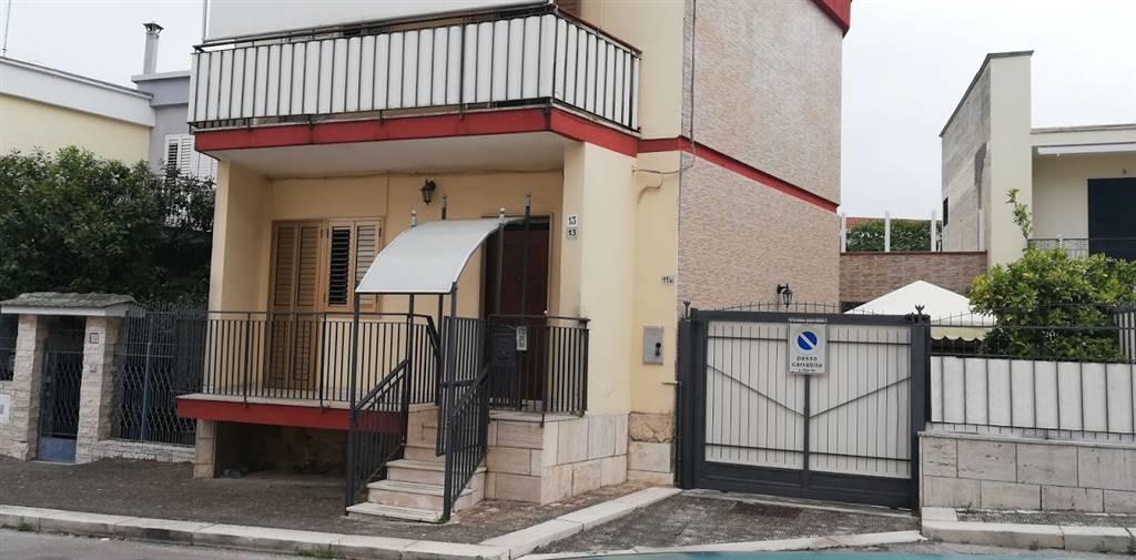 Casa singola, Montrone, Adelfia