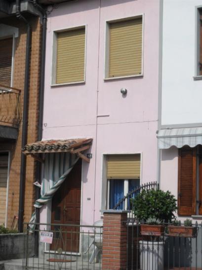 Casa singola, San Damiano Al Colle, abitabile