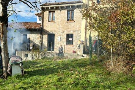 Casa singola, Ruino, ristrutturata