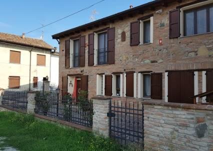 Casa singola, Verretto, ristrutturata