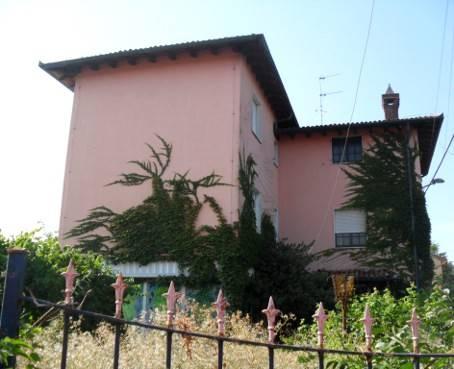 Casa singola, Canneto Pavese, da ristrutturare