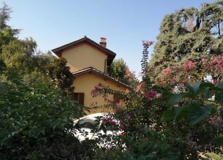 Villa, Stradella, in ottime condizioni
