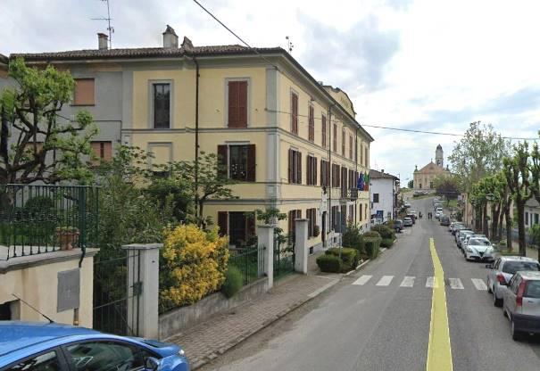 Villa, Castana