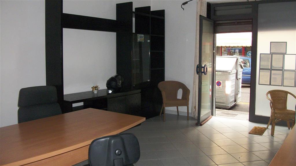 Locale commerciale, Centro, Livorno, in ottime condizioni