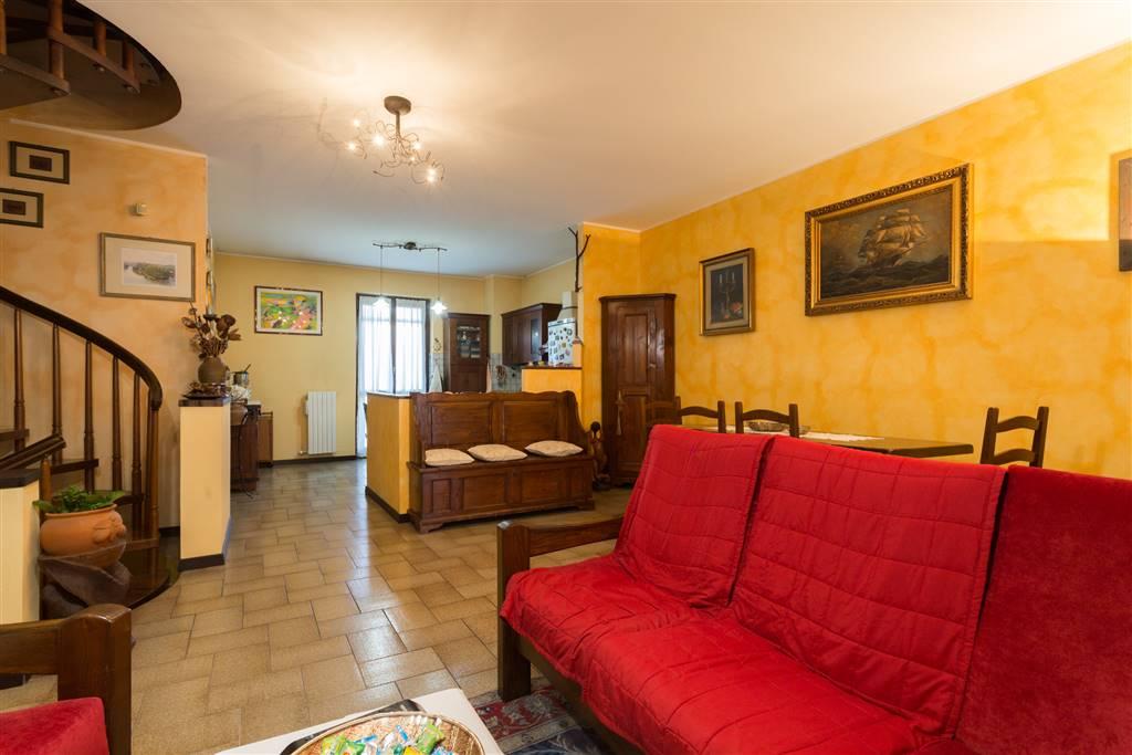 Villa a schiera in Via Giovanni Xxiii 1, Roncello