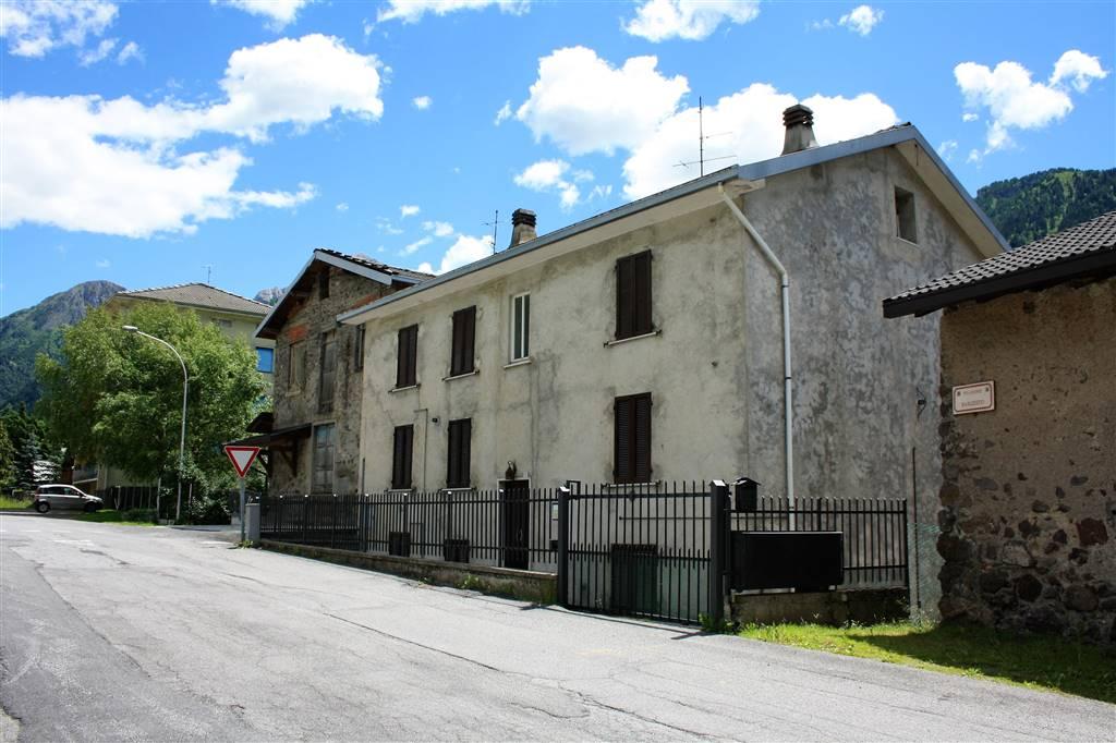 Trilocale in Via Frazione Barzesto  3, Barzesto, Schilpario