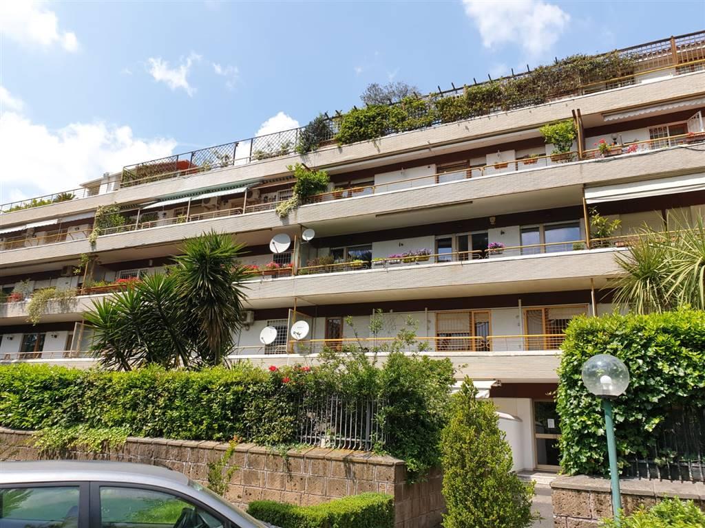 Appartamento in Largo Temistocle Solera 7, Trieste , Somalia , Salario, Roma