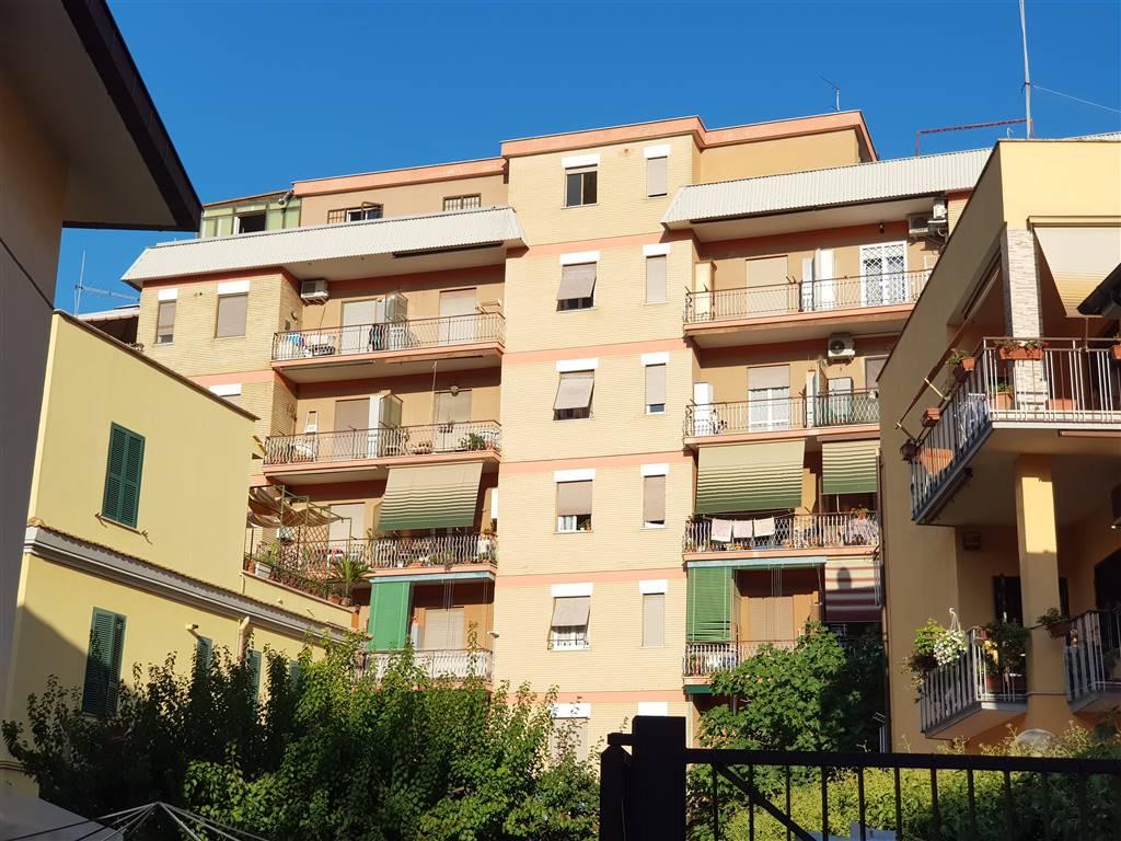Trilocale in Viale Del Lavoro 108 Int 26, Ciampino