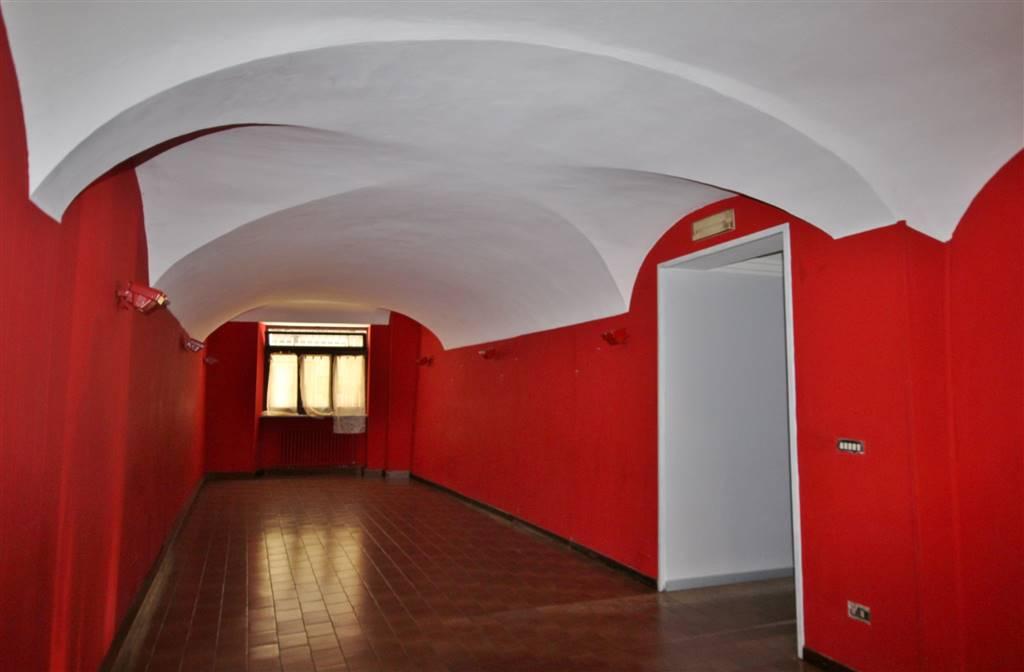 Negozio / Locale in affitto a Mondovì, 6 locali, zona Località: BREO, prezzo € 1.500 | PortaleAgenzieImmobiliari.it